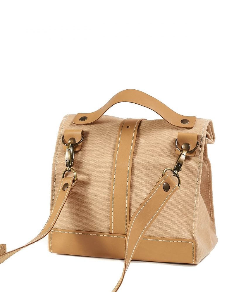 Lunch bag with a crossbody strap option