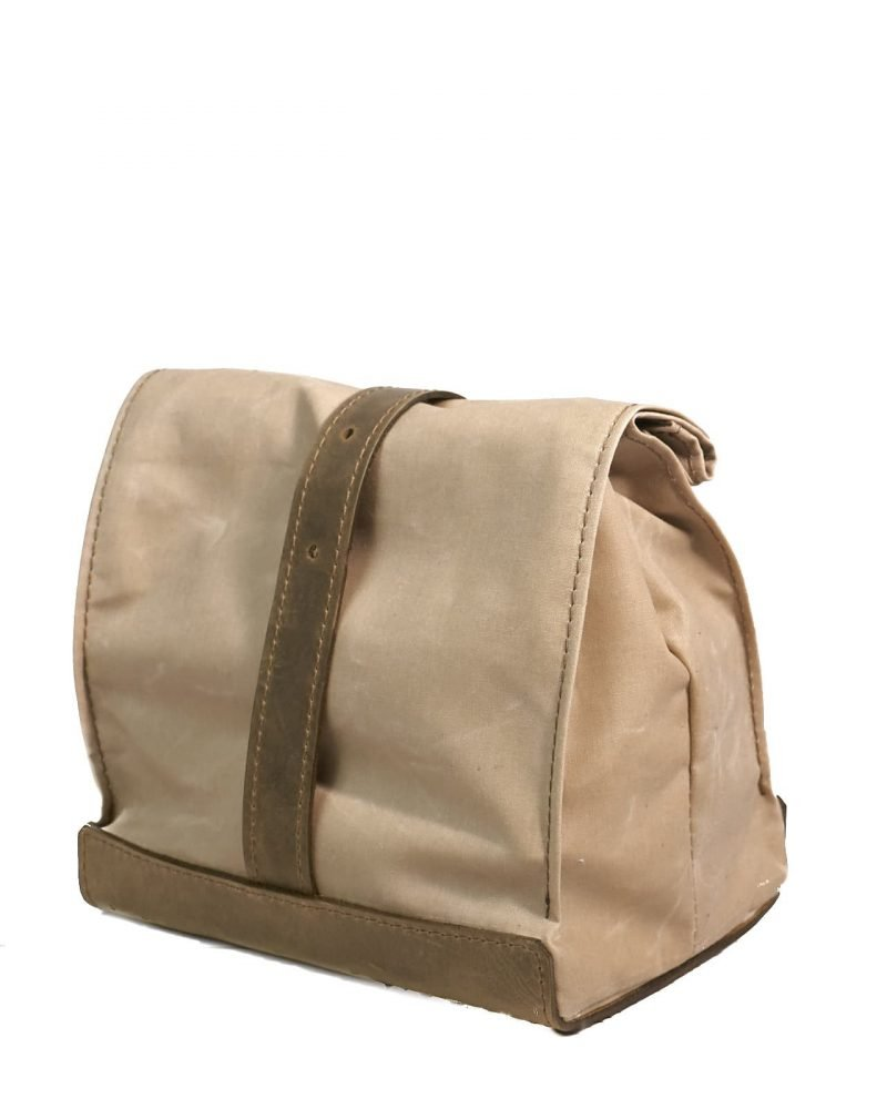 Light olive waxed canvas and leather lunchbag